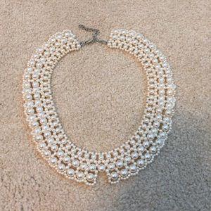 pearl faux peter-pan collar